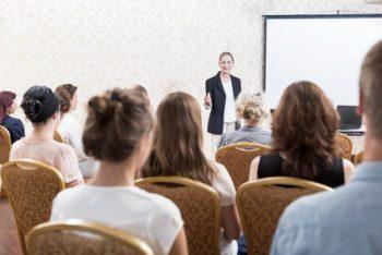 Umgang mit Gruppen in Seminaren